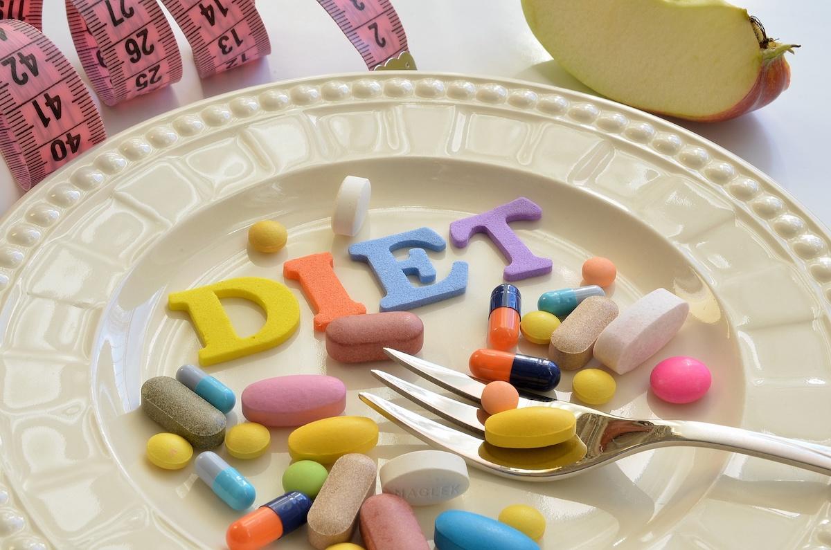 脂肪を燃やす?カロリーをカット?ダイエットサプリを5種類、効果別にチェック